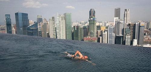 Marina-Bay-Pool