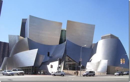Frank O Gehry, el arquitecto escultor .
