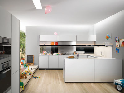 la cocina en u est dispuesta formando una silueta semejante a la de sta letra en tres frentes continuados y unidos por dos mdulos de esquina - Distribucion Cocina