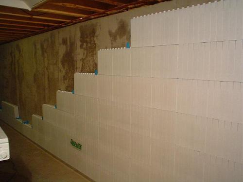 Como aislar las paredes en sotanos - Aislamiento de paredes ...