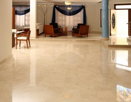 Tipos de pisos de piedra for Marmol para suelos