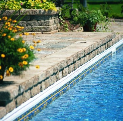 Stone-Swimming-Pool-Design-570x559