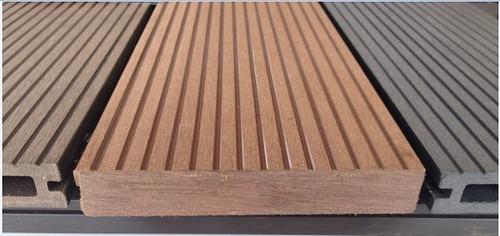 madera plastica companias