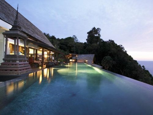 beautiful-infinity-pool-in-thailand