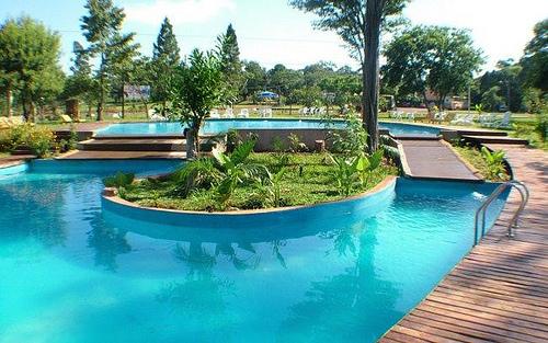 Como pintar una piscina o pileta de natacion arquigrafico for Como se hace una piscina de cemento