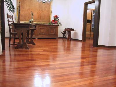 Como reparar y renovar sus pisos de madera