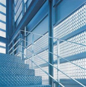 escalera acero galvanizado