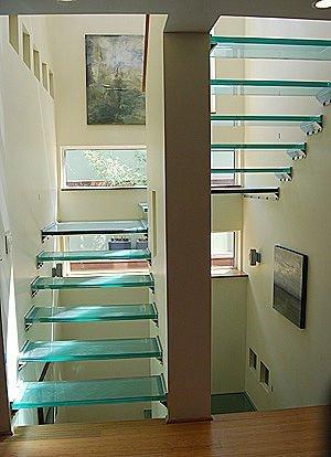 Las escaleras de vidrio o cristal indiscutible atracci n - Escaleras al aire ...
