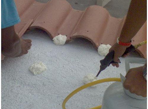 espuma para tejas colocacion