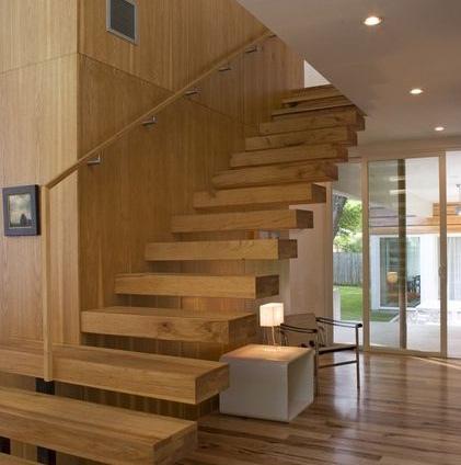 Las escaleras flotantes la mejor soluci n para for Escaleras de madera interior precio