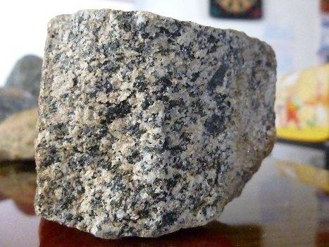 El granito tipos caracteristicas cuidados precio for Granito natural precios