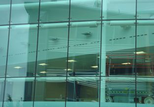 Acristalamiento de Fachadas con Vidrio Estructural