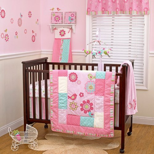Decoraci n dormitorios para bebes ni as 10 ideas de ropa for Decoracion de cuartos para ninas recien nacidas