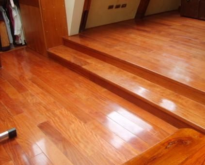Ventajas y beneficios de los pisos de madera for Pisos laminados homecenter