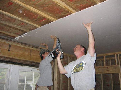 eficaz aislamiento de sonido los paneles de yeso sheetrock son un componente vital de los muros divisorios y de los cielorrasos acsticos