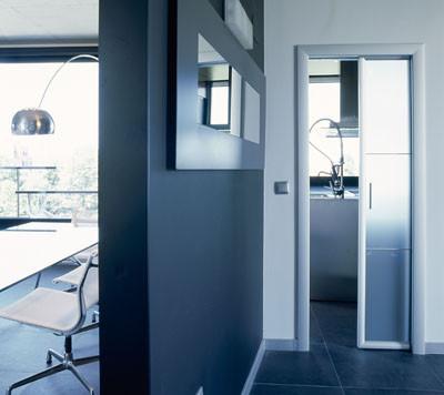 Las puertas correderas o corredizas decoran y ahorran - Puertas correderas de cristal empotradas ...