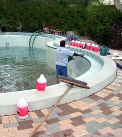 vaciar-piscina