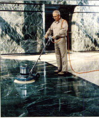 Como eliminar manchas en los pisos y paredes de marmol for Como limpiar pisos de marmol