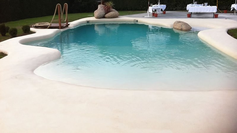 Construye una playa en tu casa con las piscinas de arena - Piscina tipo playa ...